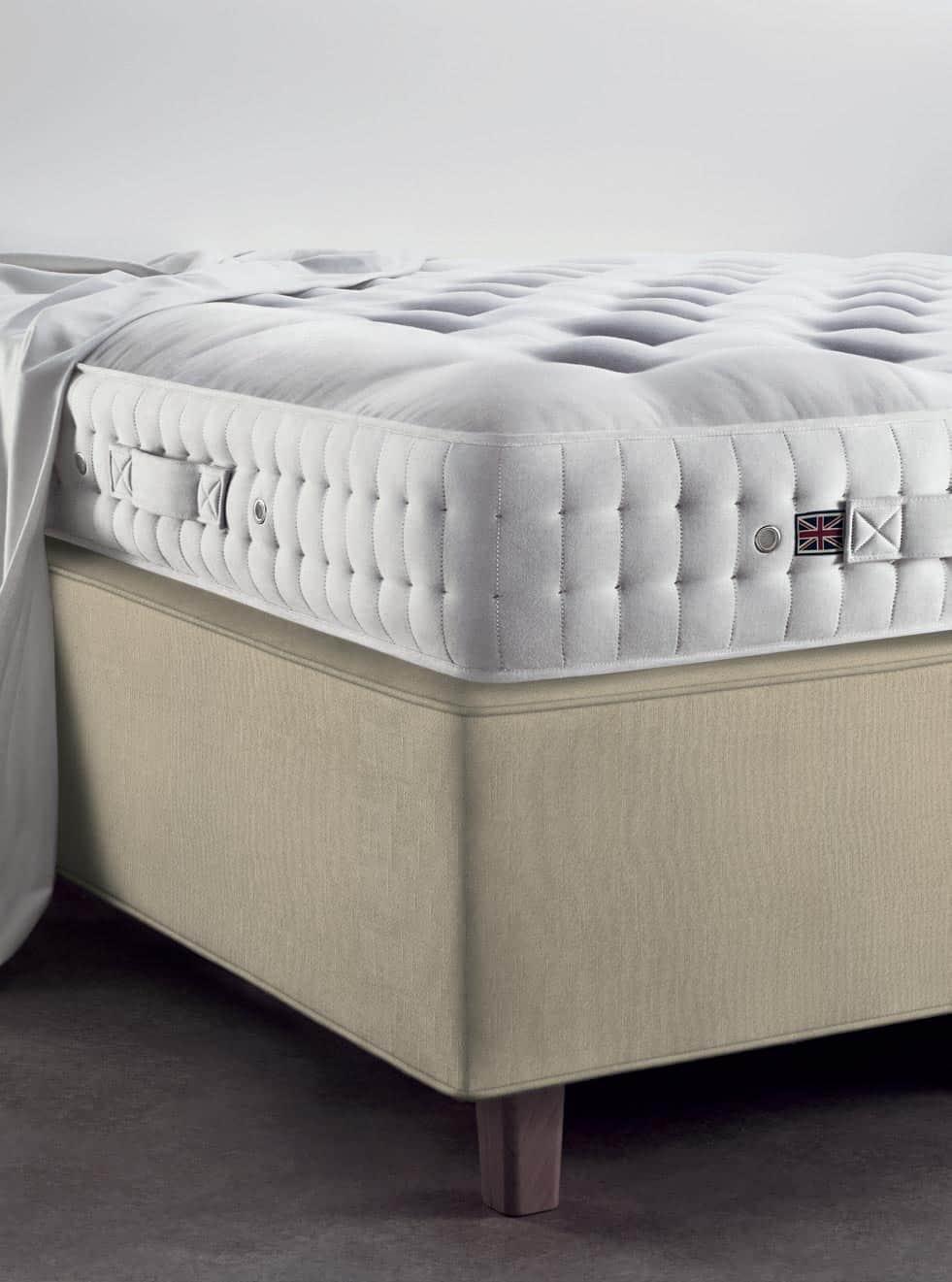 Vispring Devonshire mattress and DeLuxe divan corner