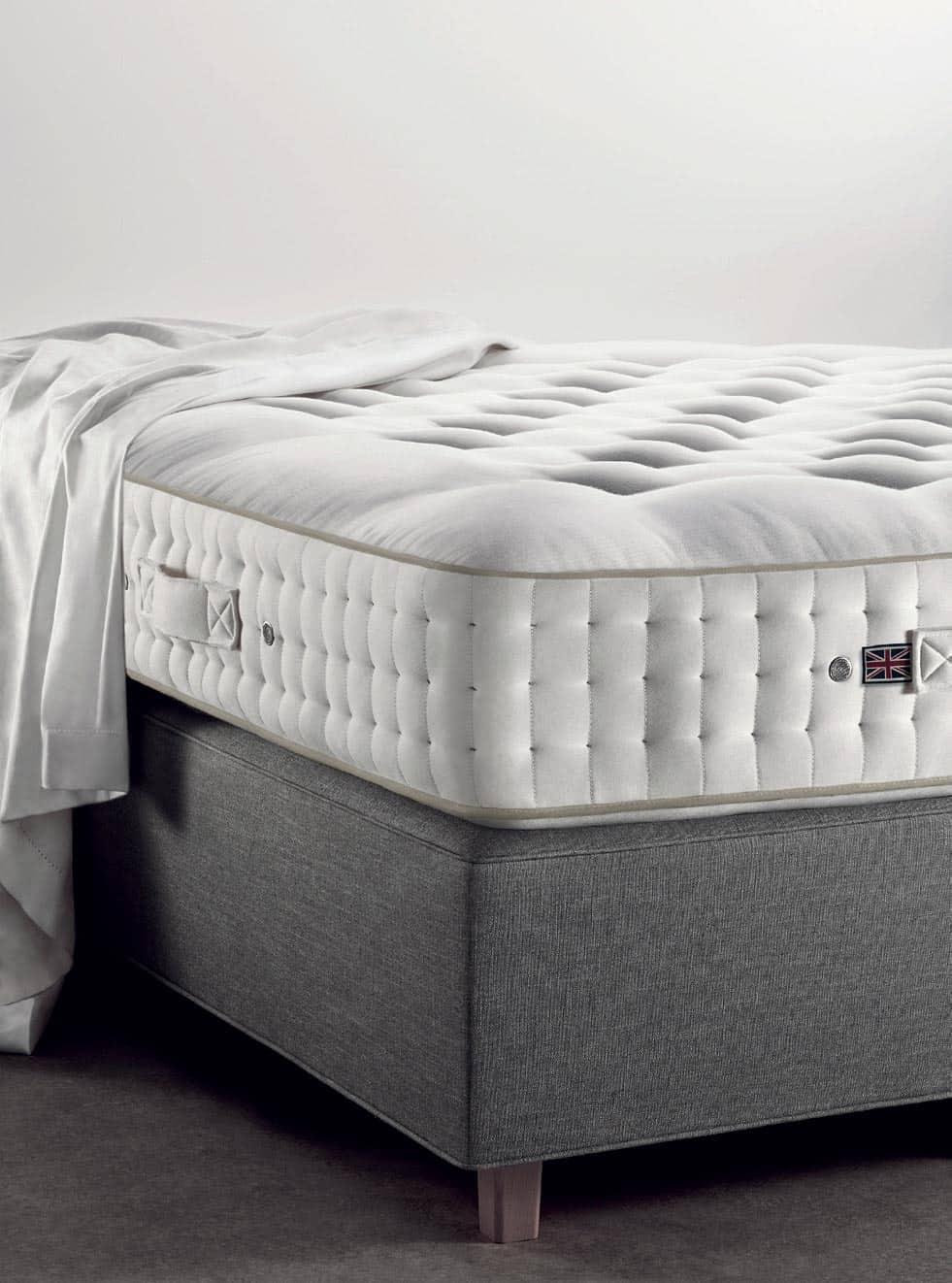 Vispring Tiara Superb mattress and Sovereign divan corner